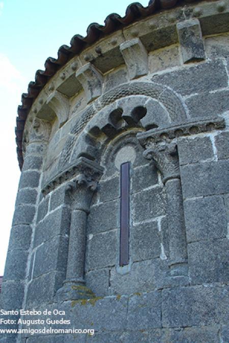 http://www.amigosdelromanico.org/apli2011/fotos/10800/10723_1.jpg